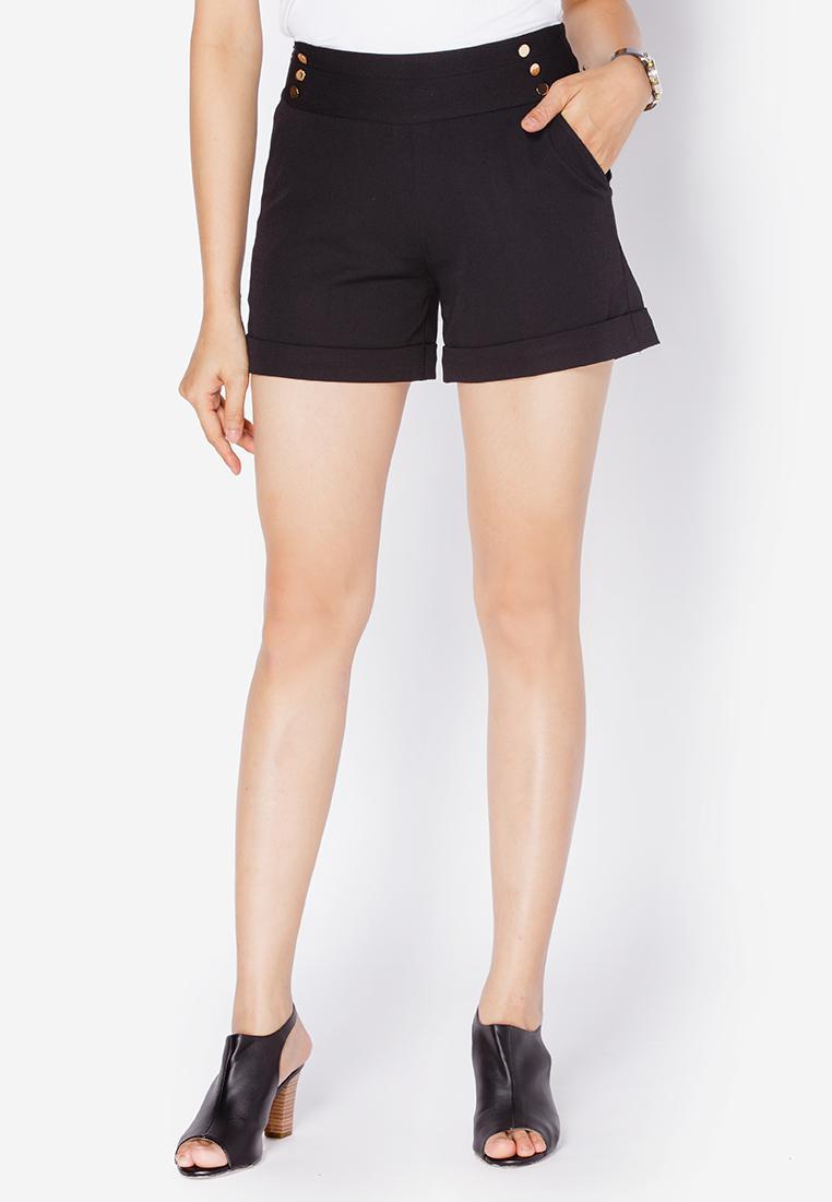 Quần shorts gập gấu màu đen Utana