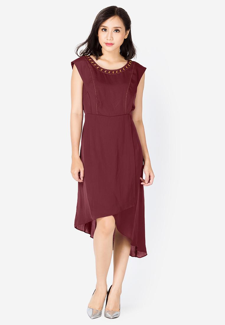 Đầm cổ đính hạt tà xéo Sensorial