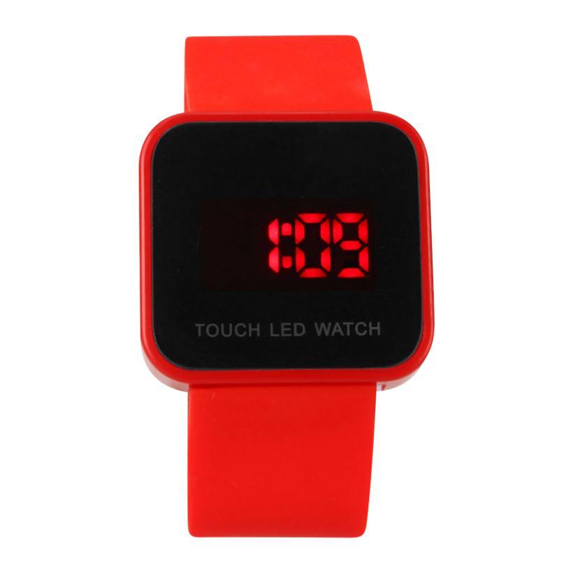 Vòng đeo LED thể thao dây nhựa cảm ứng (Đỏ)