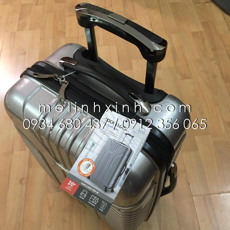 Vali du lịch Travel Zone 20 inch màu bạc Lock&Lock