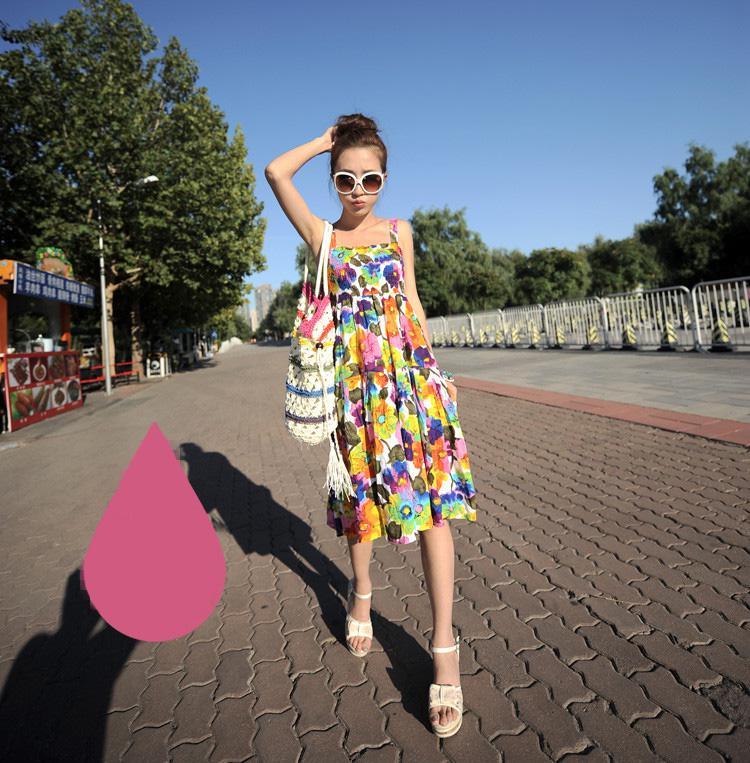 Váy đầm hoa nhiều màu