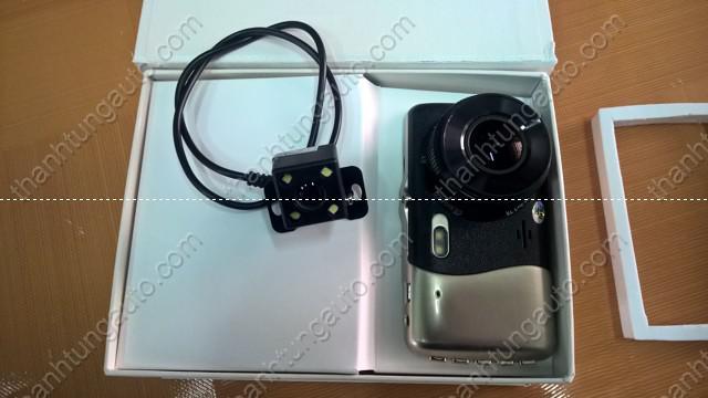 Camera hành trình gồm 2 camera trước và sau C4000