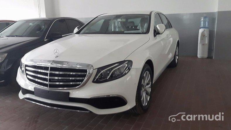 Mercedes-Benz E200  2017