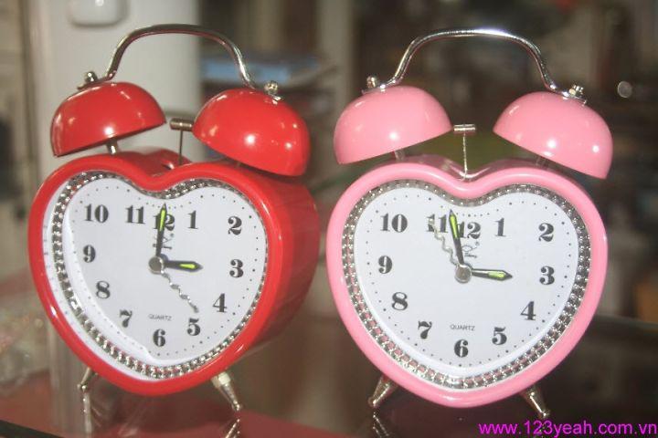 Đồng hồ báo thức trái tim đáng iu DHDB24
