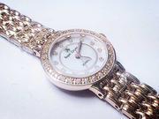 Đồng hồ hợp kim mạ vàng