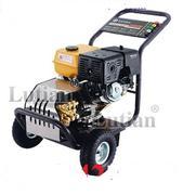 Máy rửa xe chạy xăng LUTIAN 18G30-13A (Khởi động bằng đê)