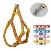 Bộ vòng yếm-dây dẫn thêu hình dâu tây-LHB1042