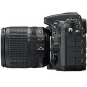 Nikon D7200 24MP với Lens kit 18-105 VR (Đen)
