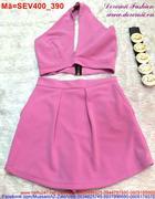 Set áo kiểu xẻ ngực chân váy chữ A trẻ trung hiện đại SEV400