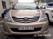 Toyota Innova  G 2011