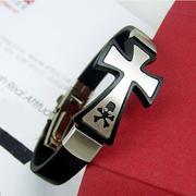 Lắc tay nam chữ thập