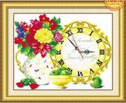 Đồng hồ táo và hoa
